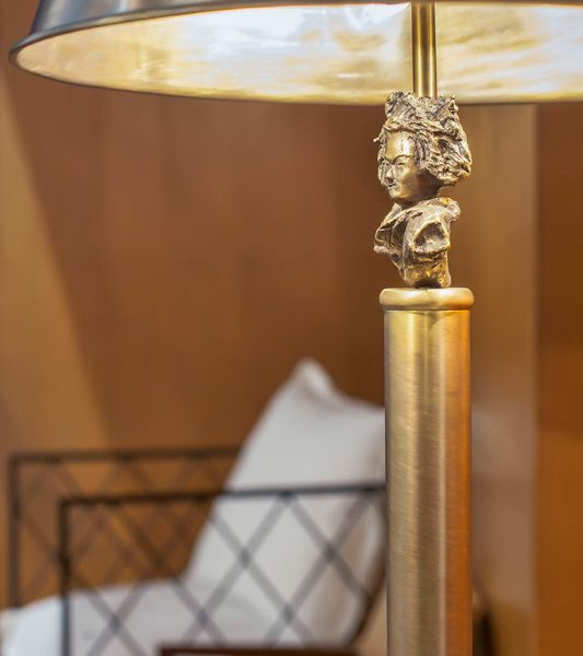 Reno-Table-Lamp-Mapswonders-3-Detail