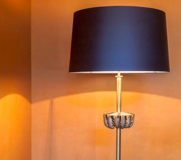 Rosewood-Floor-Lamp-Mapswonders-4-Detail
