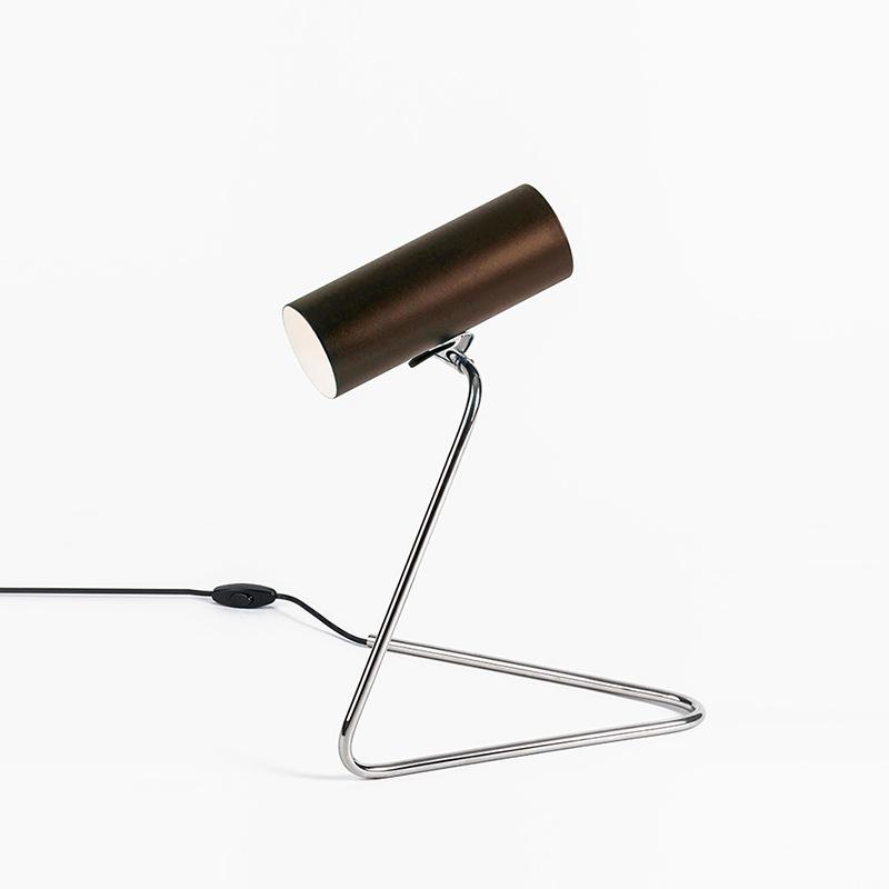Esse-Table-Lamp-0-Mapswonders