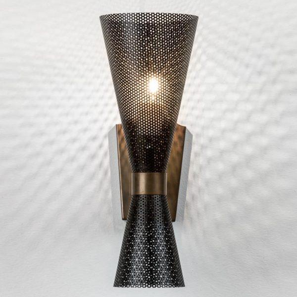 Meti-Wall-Lamp-Front-Mapswonders