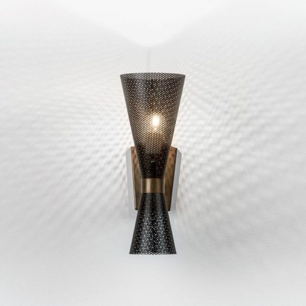 Meti-Wall-Lamp-Mapswonders