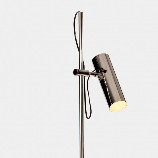 Oficina-Floor-Lamp-Detail-1-Mapswonders